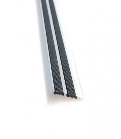 Ръб за стъпало последващ монтаж с гума модел 36510 - сребро мат